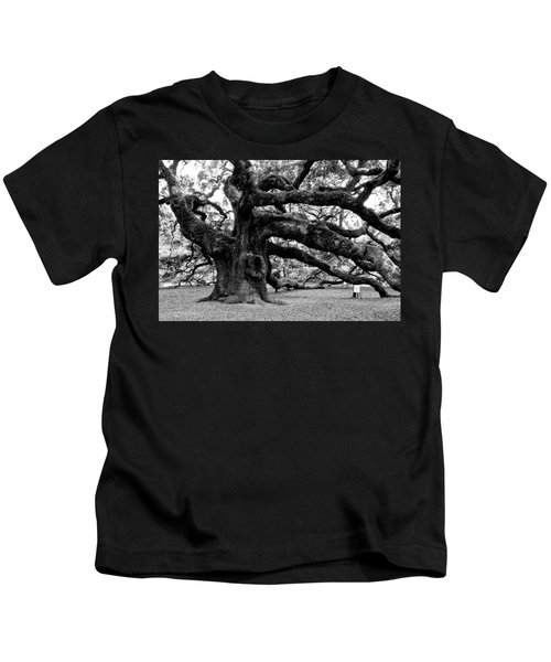 Angel Oak Tree 2009 Black And White Kids T-Shirt