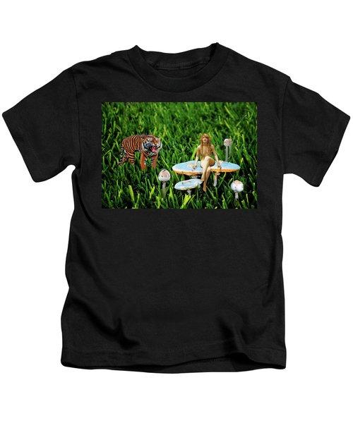 Angoisse Feminine#3 Kids T-Shirt
