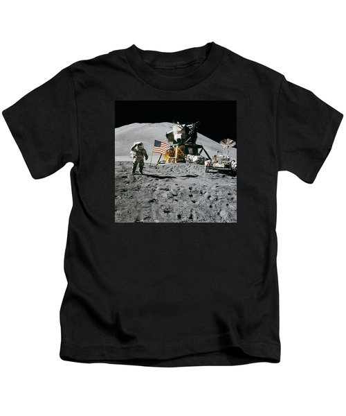 Apollo 15 Lunar Module Pilot James Irwin Salutes The U.s. Flag Kids T-Shirt