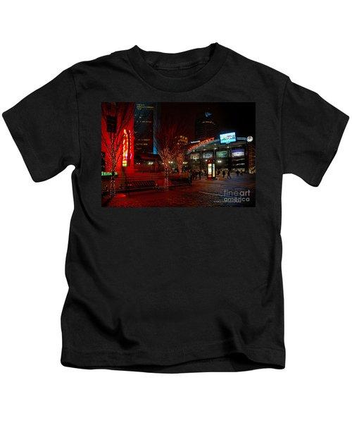 D66l-4 Arena District Photo Kids T-Shirt