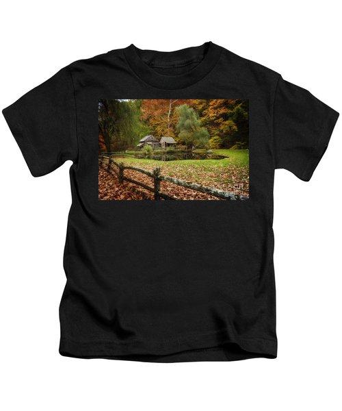 Autumn At Cuttalossa Farm V Kids T-Shirt