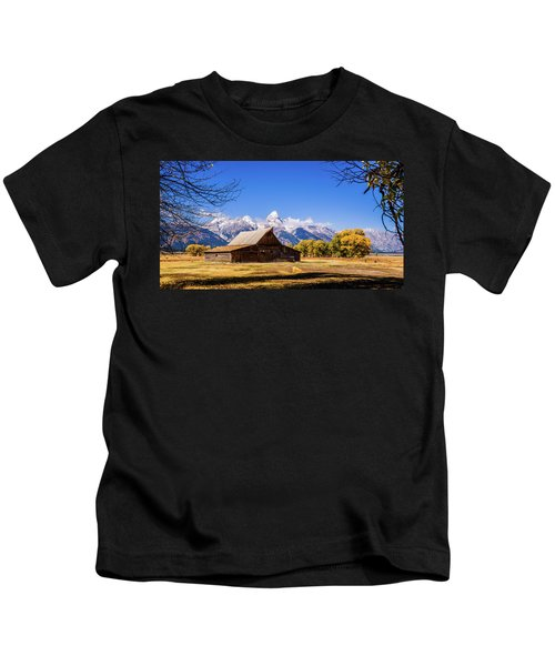 Autumn At Moulton Barn Kids T-Shirt