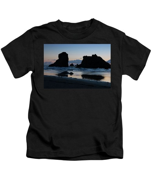 Bandon Oregon Sea Stacks Kids T-Shirt
