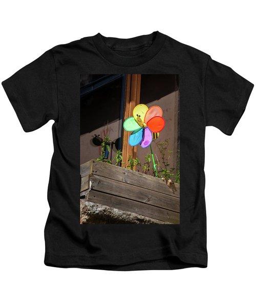 Bee A Wind Spinner? Kids T-Shirt