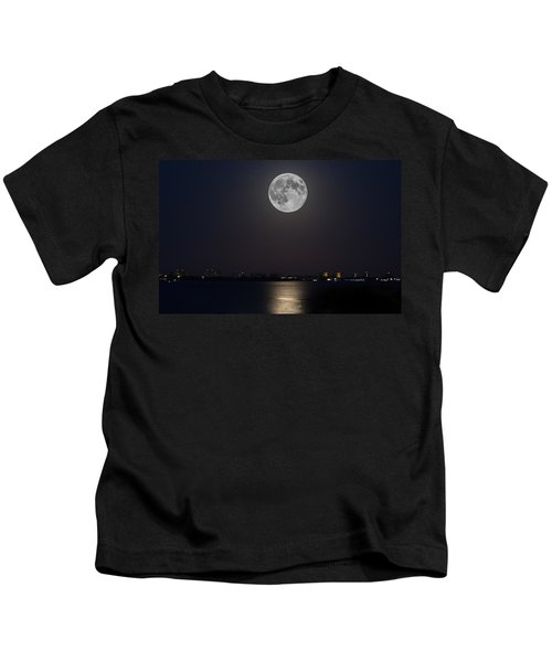 Big Moon Over The Bay Kids T-Shirt