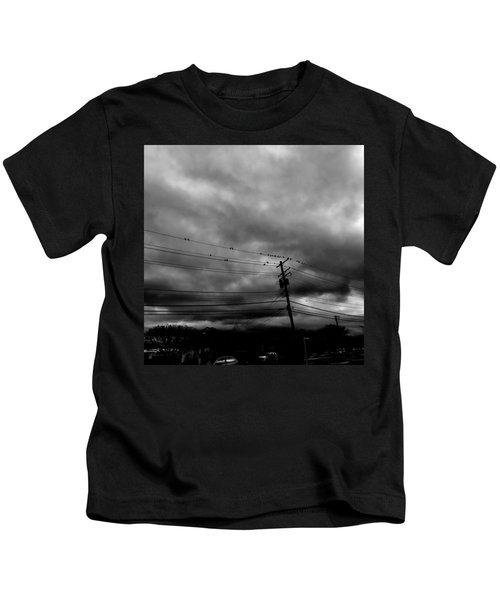 Birds On A Wire 2018 Kids T-Shirt