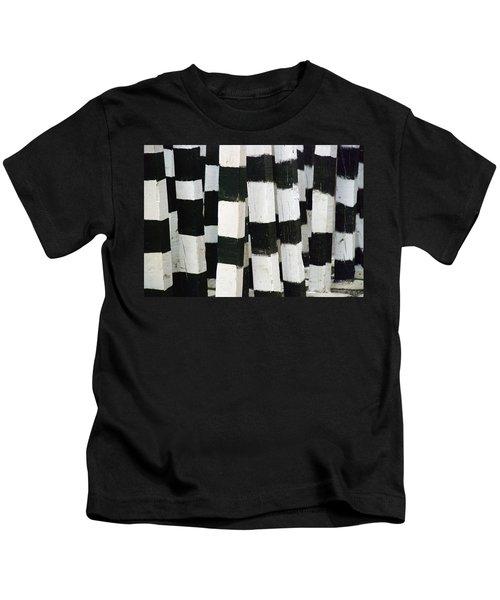 Blanco Y Negro Kids T-Shirt