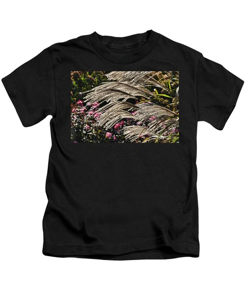 Blowin In The Wind Kids T-Shirt
