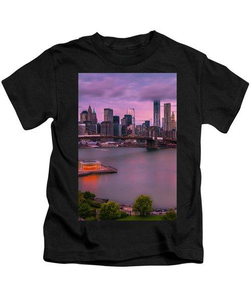 Brooklyn Bridge World Trade Center In New York City Kids T-Shirt