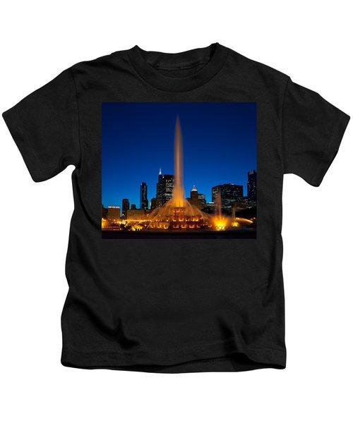 Buckingham Fountain Nightlight Chicago Kids T-Shirt