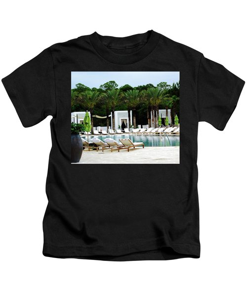 Caliza Pool In Alys Beach Kids T-Shirt