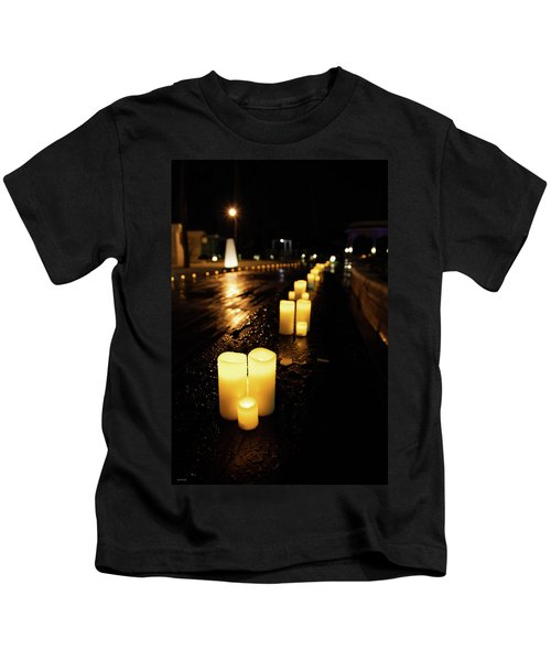 Candles On The Beach Kids T-Shirt