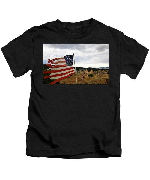 Cerro, New Mexico Kids T-Shirt