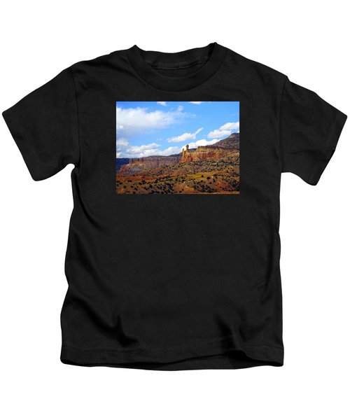 Chimney Rock Ghost Ranch New Mexico Kids T-Shirt