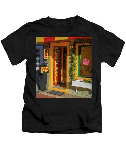 Christmas Toys In The Attic Kids T-Shirt