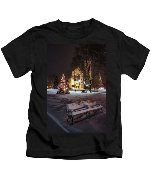Church Of St Mary St Paul At Christmas Kids T-Shirt