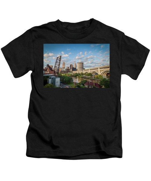 Cleveland Skyline Vista Kids T-Shirt