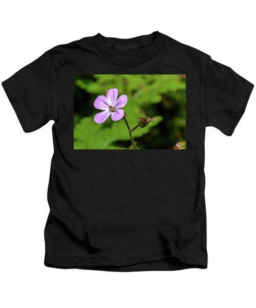 Close Up Of Shining Cranesbill A Kids T-Shirt