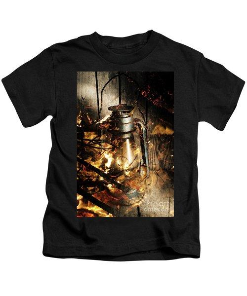 Cosy Open Fire. Cottage Artwork Kids T-Shirt