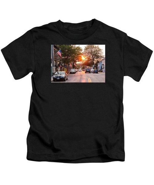 Cottage Street Summer Sunset Kids T-Shirt