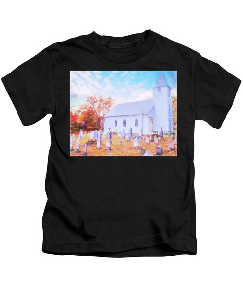 Country White Church And Old Cemetery. Kids T-Shirt