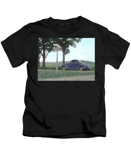 Coupe In The Countryside Kids T-Shirt