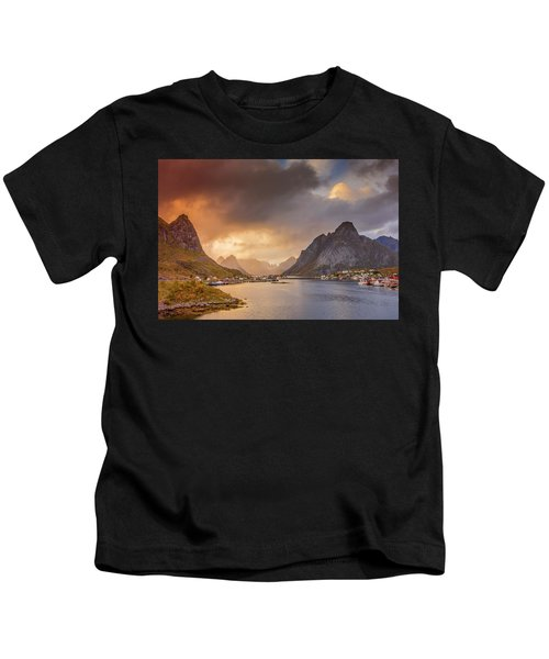 Crazy Sunset In Lofoten Kids T-Shirt