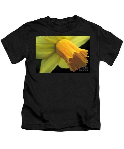Daffodil - Narcissus - Portrait Kids T-Shirt