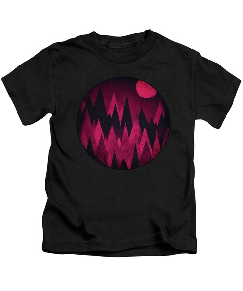 Dark Triangles - Peak Woods Abstract Grunge Mountains Design In Red Black Kids T-Shirt