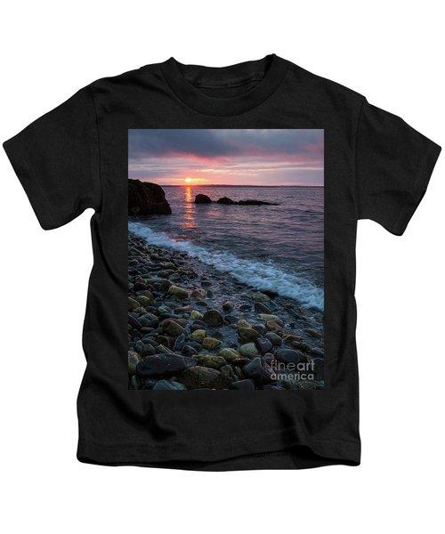 Dawn, Camden, Maine  -18868-18869 Kids T-Shirt