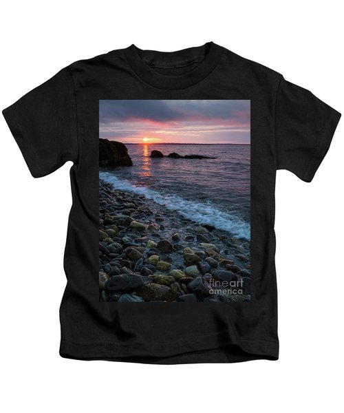 Dawn, Camden, Maine  -18868-18869 Kids T-Shirt