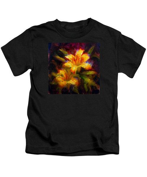 Daylily Sunshine - Colorful Tiger Lily/orange Day-lily Floral Still Life  Kids T-Shirt