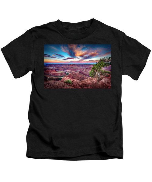 Dead Horse Point At Sunrise Kids T-Shirt