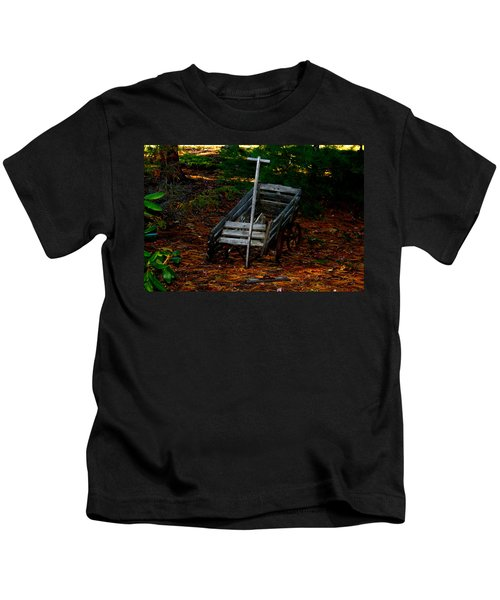 Dilapidated Wagon Kids T-Shirt