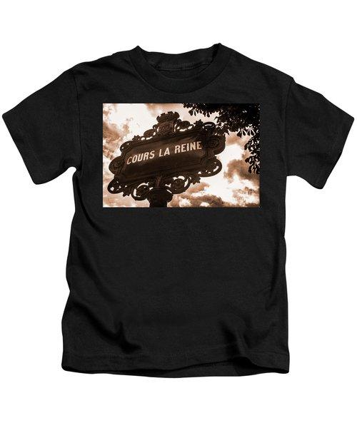 Distressed Parisian Street Sign Kids T-Shirt