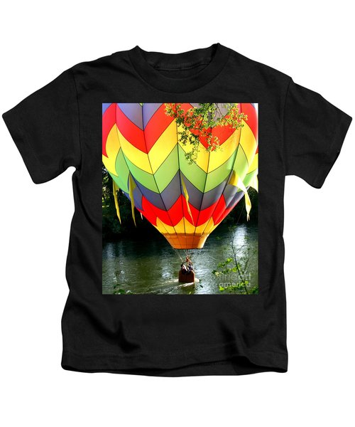 Dragging The Water   Line Kids T-Shirt