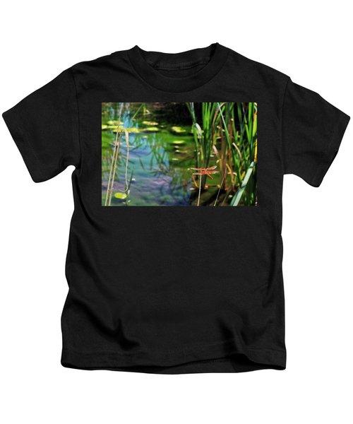 Dragonflies Lair  Kids T-Shirt