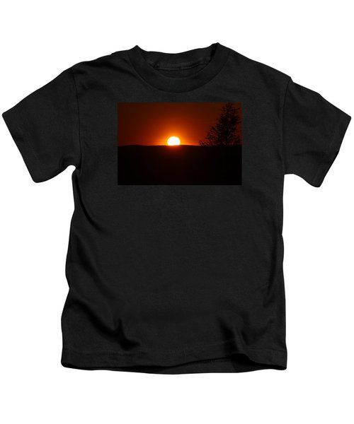 Dramatic Sunset View From Mount Tom Kids T-Shirt