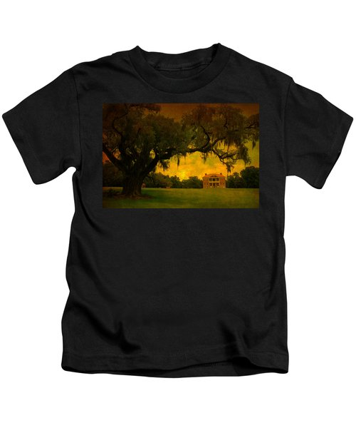 Drayton Hall Plantation In Charleston Kids T-Shirt