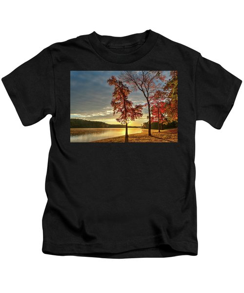 East Texas Autumn Sunrise At The Lake Kids T-Shirt