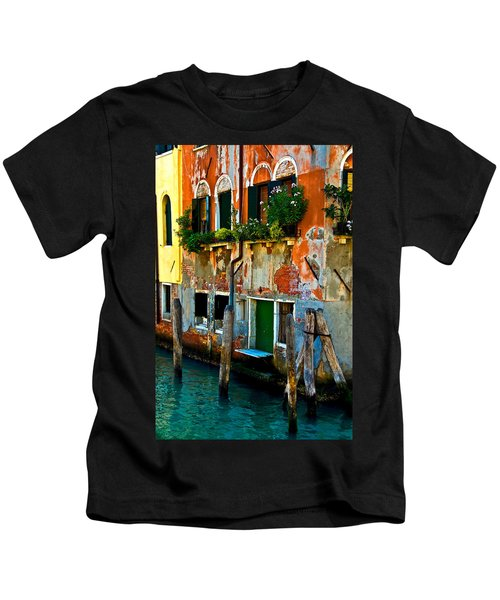 Empty Dock Kids T-Shirt