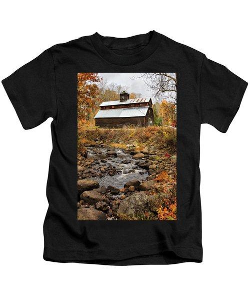 Fall Barn  Kids T-Shirt
