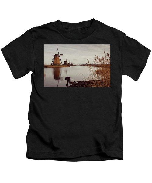 Famous Windmills At Kinderdijk, Netherlands Kids T-Shirt