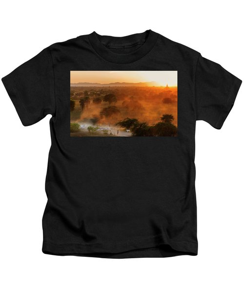 Farmer Returning To Village In The Evening Kids T-Shirt