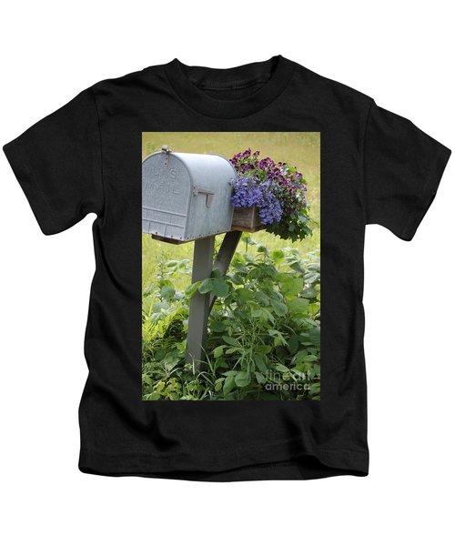 Farm's Mailbox Kids T-Shirt