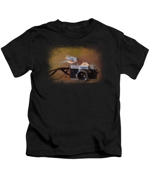 Feathered Photographer Kids T-Shirt