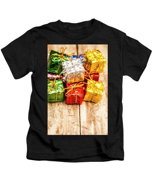 Festive Greeting Gifts Kids T-Shirt