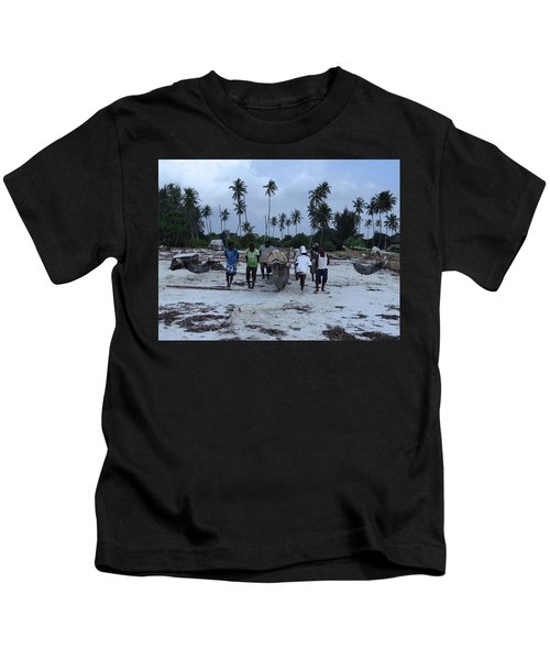 Fisherman Heading In From Their Days Catch At Sea With A Wooden Dhow Kids T-Shirt