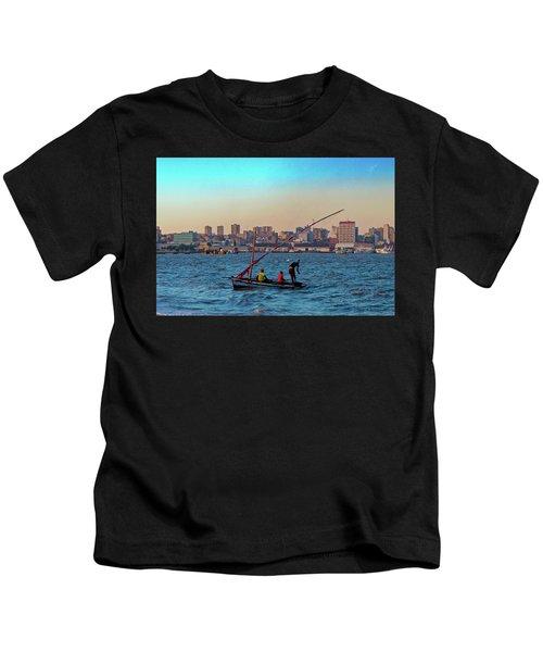 Fishermen And The Maputo Skyline Kids T-Shirt