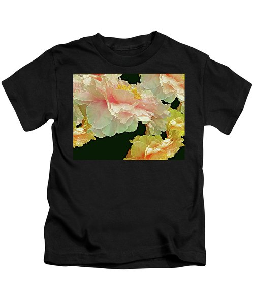 Floating Bouquet 31 Kids T-Shirt